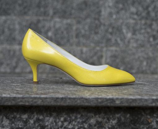 Shoponline Luca calzature.scopri tutti i prodotti uomo e donna, eleganti e sportivi.Shoponline ._DSC0344