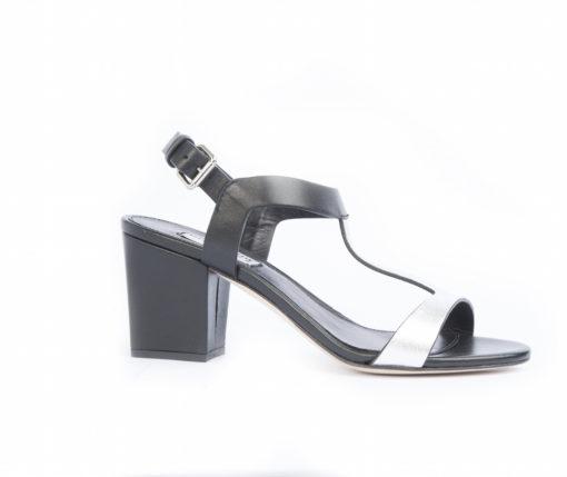 Visita il nostro shoponline e scopri le calzature da uomo a prezzi imbattibili, scegli le tue calzature artigianali da donna.
