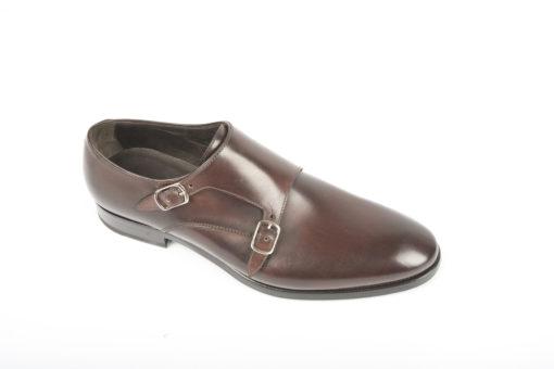 Scarpe da uomo fatte a mano, artigianali ad un prezzo imbattibile, scegli le tue preferite.